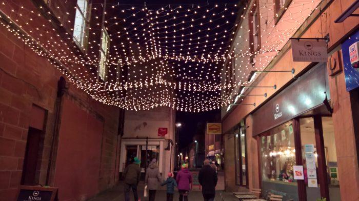 Queensberr Net Lights